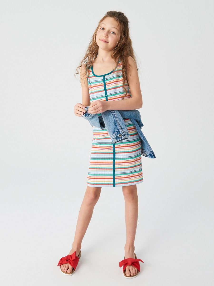 5e06f13e407 Трикотажное платье в полоску