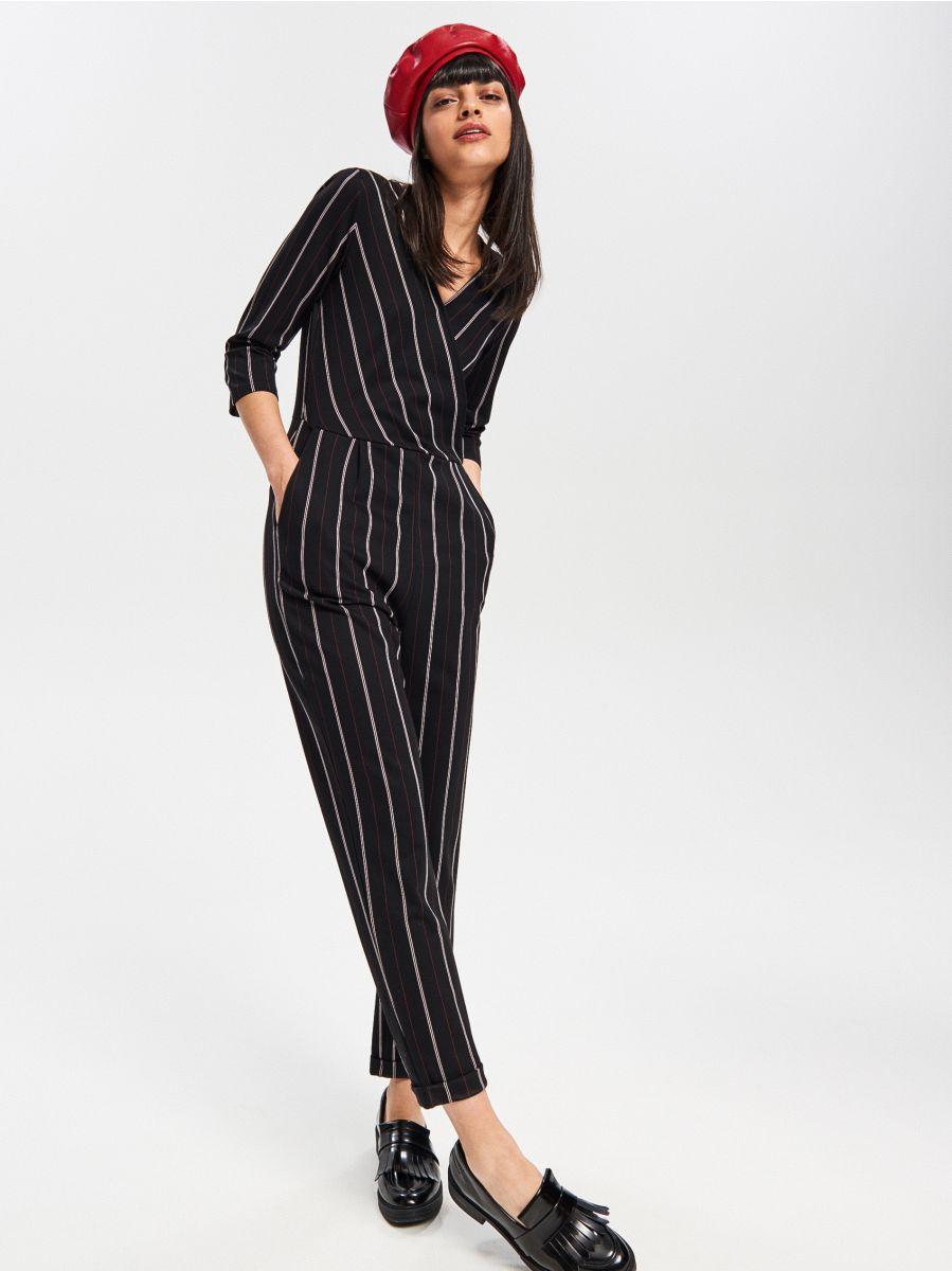 2afb9c8a773 Osta e-poest! Elegantne pükskostüüm, RESERVED, VT933-99X