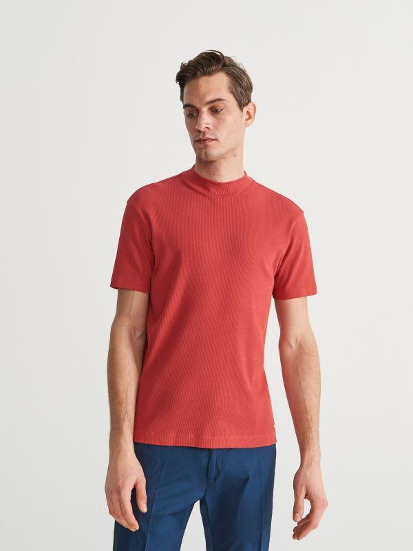 51c523780bb703 Gładki T-shirt · T-shirt ze stójką - czerwony - UZ841-33X - RESERVED