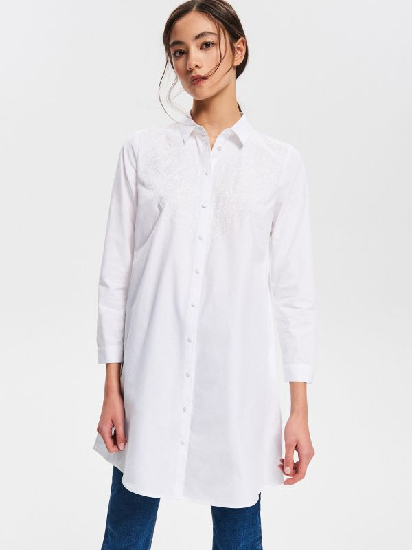 0779b781934 Рубашка в цветы · Хлопковая туника с вышивкой - Белый - VA434-00X - RESERVED